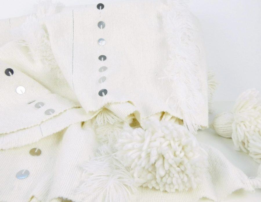 Handira pompom kleed Marokko wit