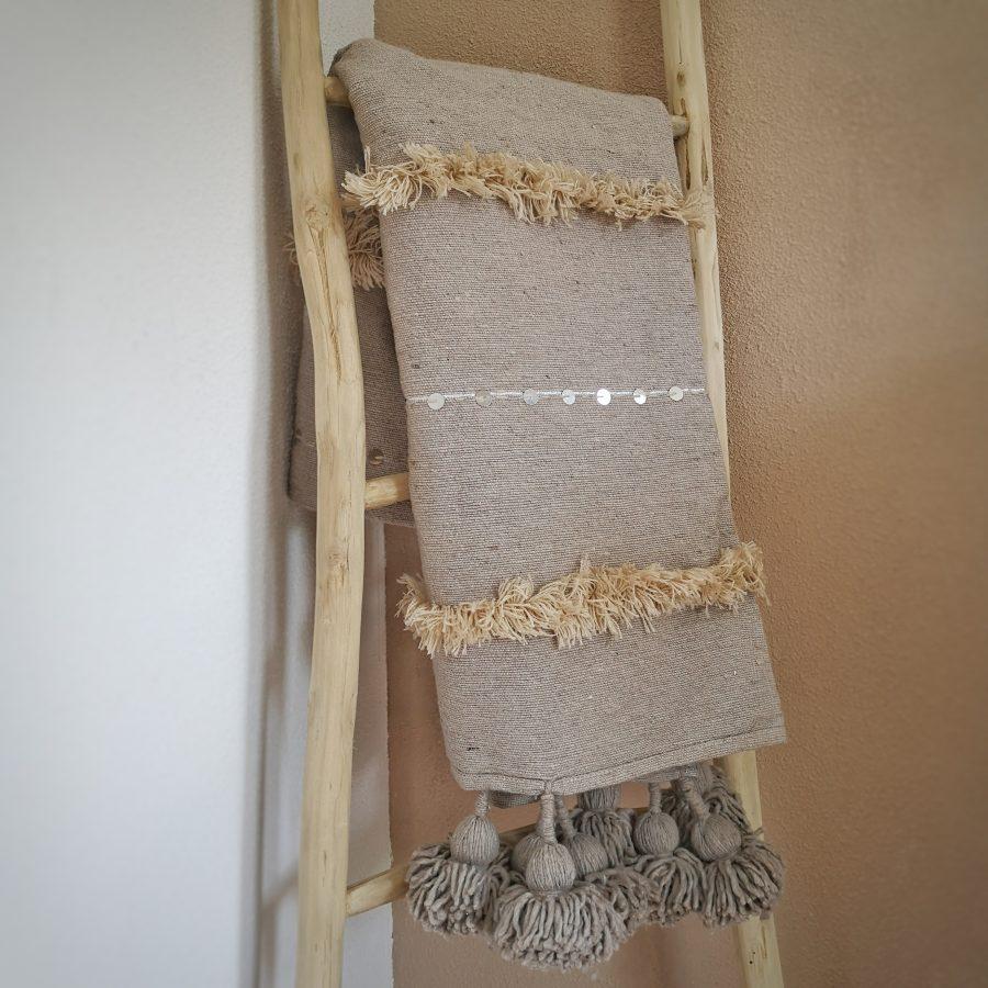 Pompom kleed handira marokko taupe