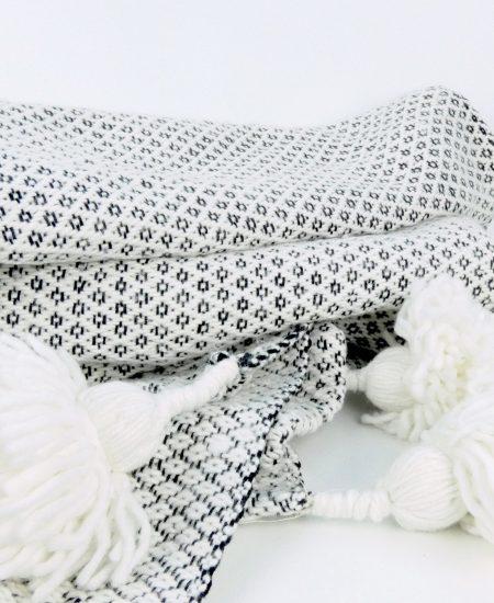 Pompom kleed marokko patroon