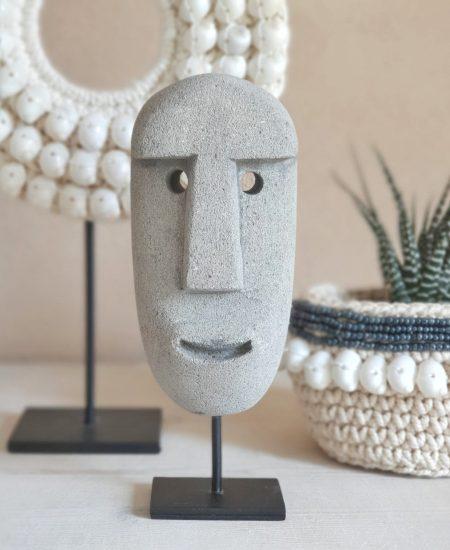 Stone man sumba masker grijs