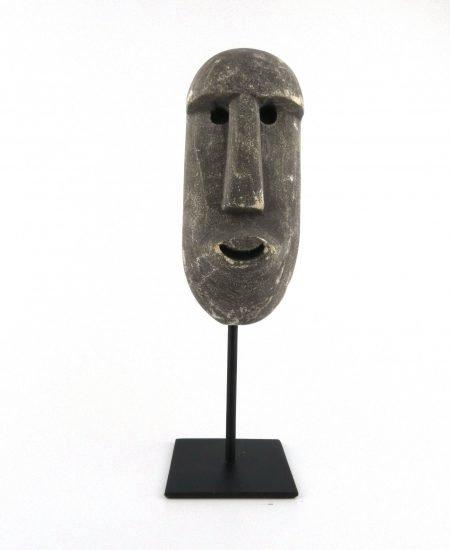 Sumba masker grijs op standaard