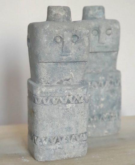 Sumba stone man taupe