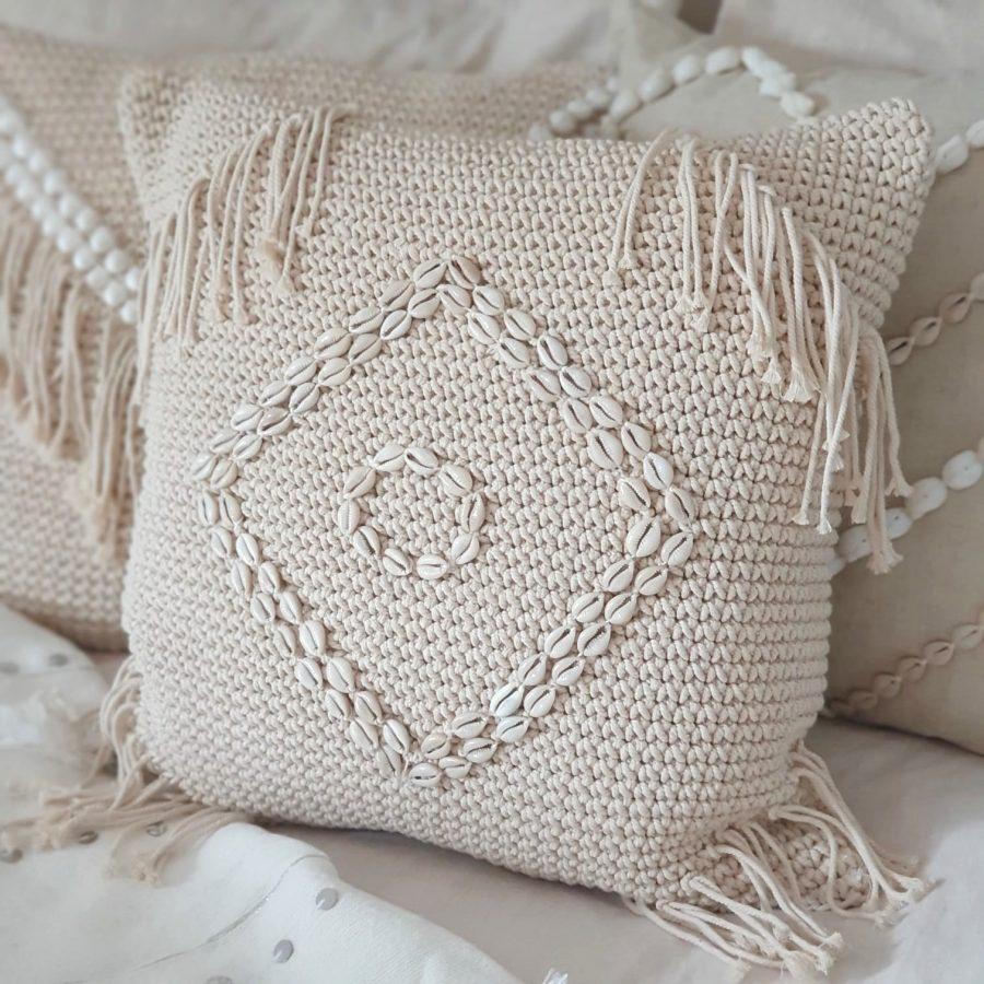 Pillow Talk Kauri kussen bali macramé