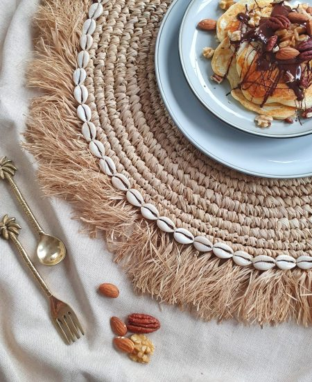 Placemat fringes kauri
