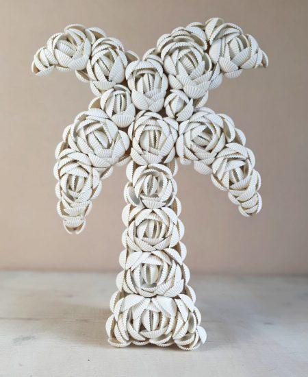 Palmboom decoratie schelpen bali