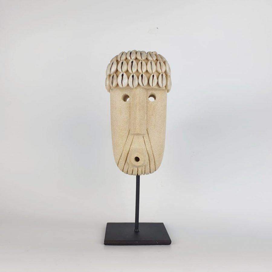 Papua masker op standaard gaby sumba bali 2