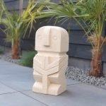 The Islander - sumba stone xxl stone man tuinbeeld